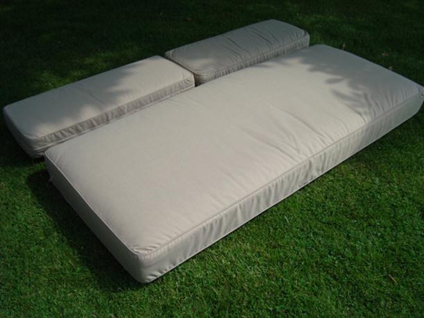 Image of: Simple Outdoor Chair Cushion Designed from Rattan for Garden Furniture Arizona-3-seater