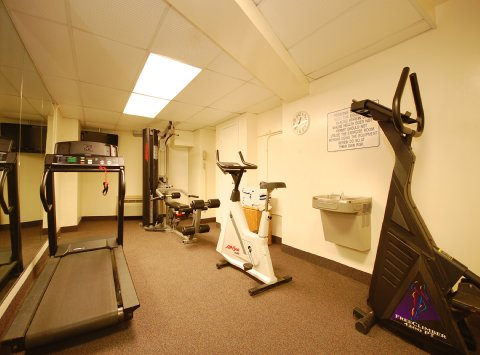 Image of: Best Western Rosslyn Iwo Jima Called Arlington Hotel Fitness-Centerjpg