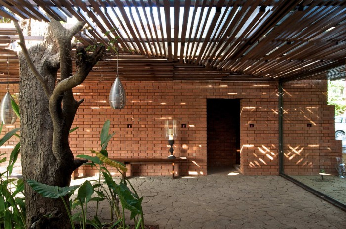 Image of: Exterior-Ideas-Rustic Home Design Called Brick Kiln House Design in Small Village Munavali, India