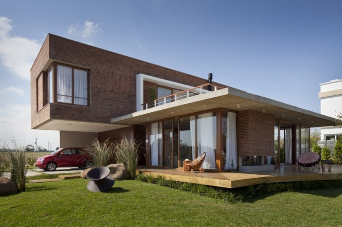 Image of: Two Story House Design Called Linear Maritimo House in Rio Grande do Sul – Brazil Front-View