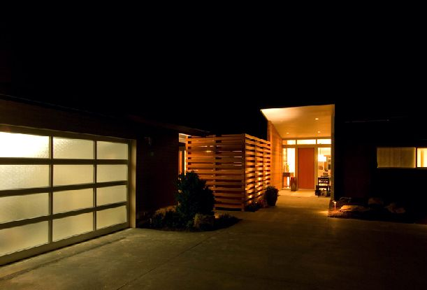 Image of: century-home-night-Mid Century Home Renovation Ideas with Red Light at Night