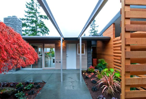 Image of: century-house-garden-Mid Century Home Renovation Ideas with Red Light at Night