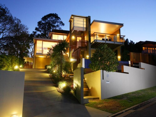 Image of: Exterior House lighting Ideas for Your Modern House modern