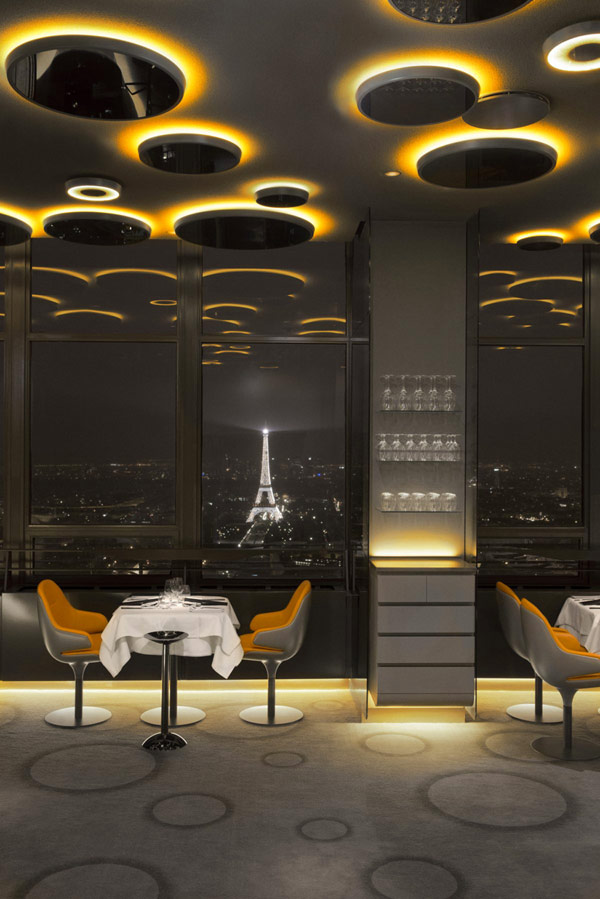 Image of: Romantic Architecture Decoration at Ciel de Paris Restaurant view 2