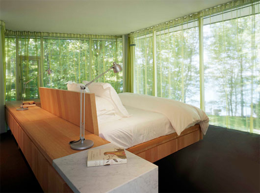 Image of: bedroom at The Glass House Design for Big Family in Innisfil,Ontario