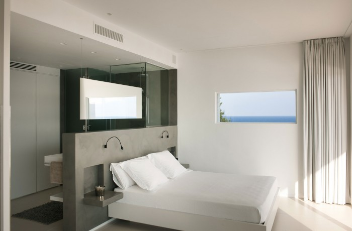 Image of: Awesome-Bedroom in Contemporary White House Named Dupli Dos in Ibiza, Spain 700×460