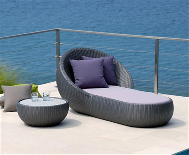 Image of: Poolside Chaise Lounge with Matching Coffee Table view 1