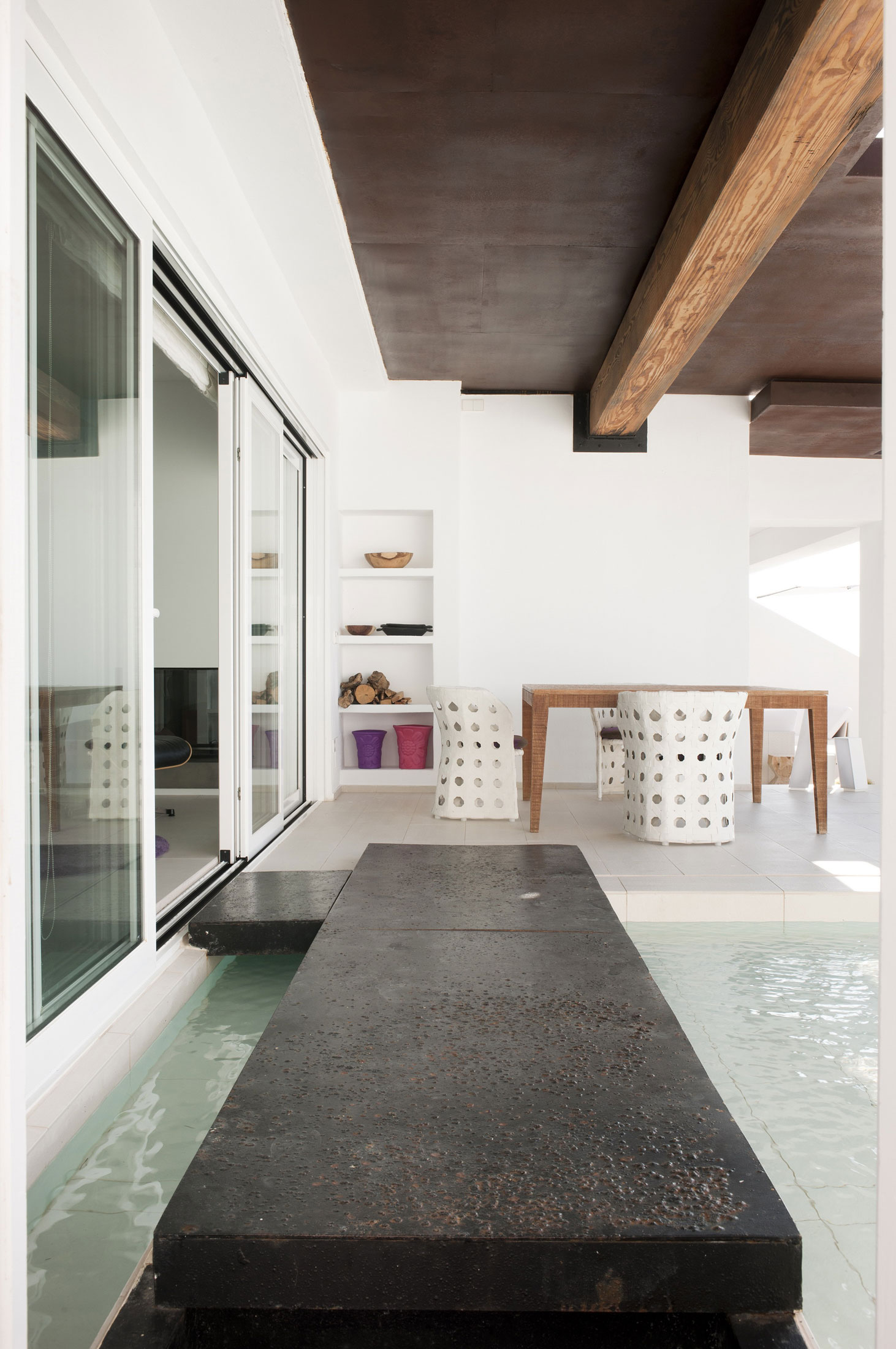 Image of: Swiimming-Pool-design-in Contemporary White House Named Dupli Dos in Ibiza, Spain