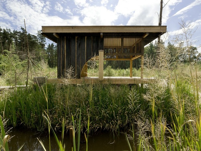 Image of: Tea house Design with Nearby Landscape side
