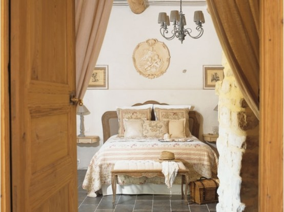 Image of: Traditional House Design in French with Classic Interior view bedroom