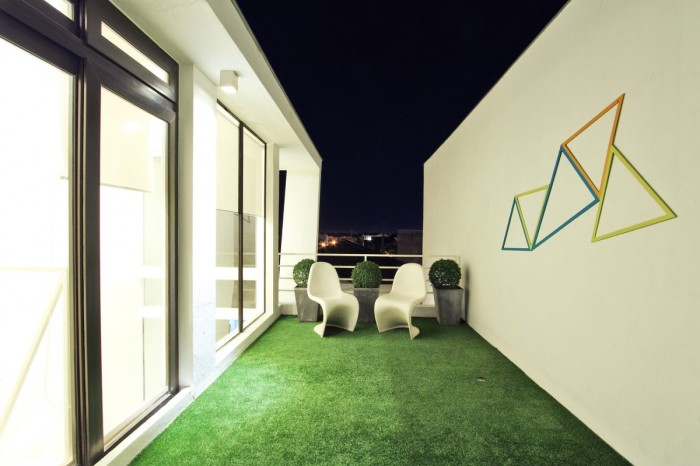Image of: Modern Townhouse Design with Manila Based Archietctural view Grass-Rugs-Terrace