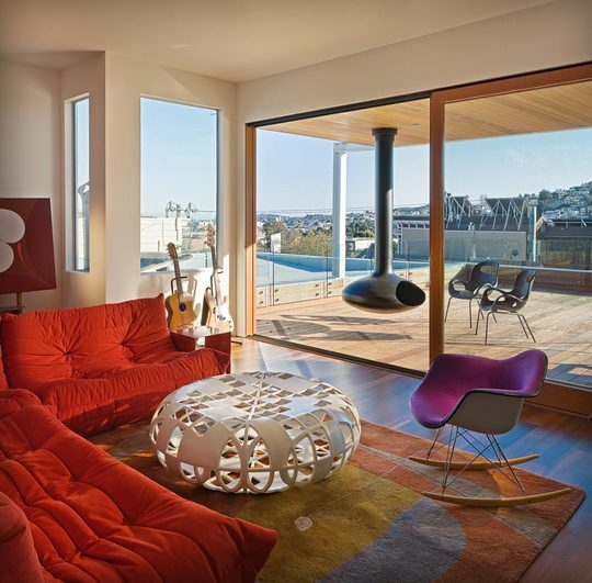 Image of: Lovely Comfortable Living Room with Modern Decor in San Francisco