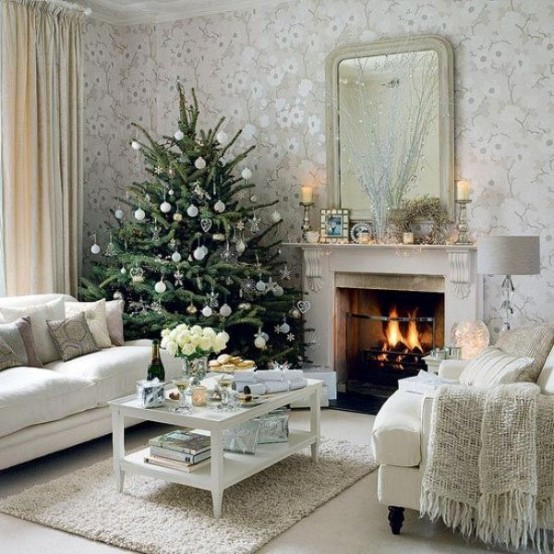 Image of: Decorating a Fireplace for Christmas with 20 Cute Ideas 14