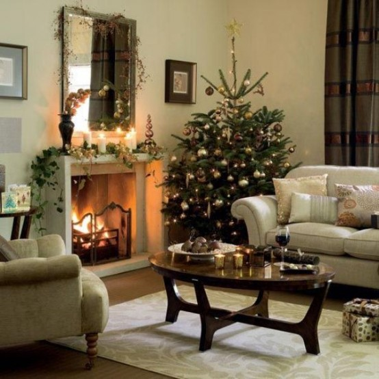 Image of: Decorating a Fireplace for Christmas with 20 Cute Ideas 16
