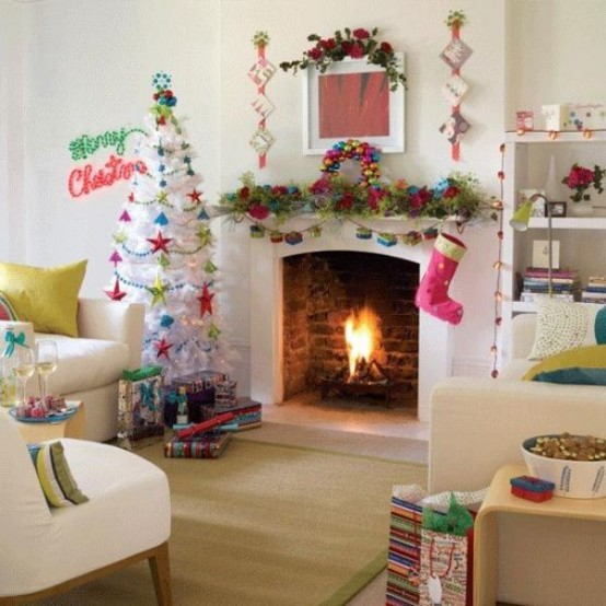 Image of: Decorating a Fireplace for Christmas with 20 Cute Ideas 17