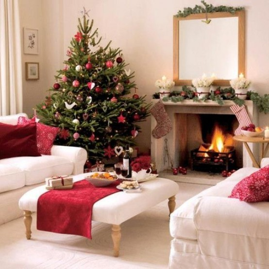 Image of: Decorating a Fireplace for Christmas with 20 Cute Ideas 18