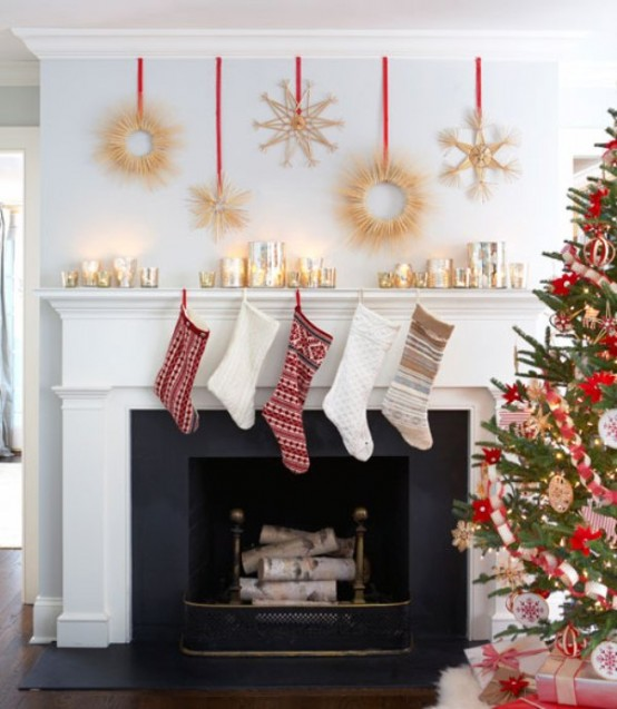 Image of: Decorating a Fireplace for Christmas with 20 Cute Ideas 19