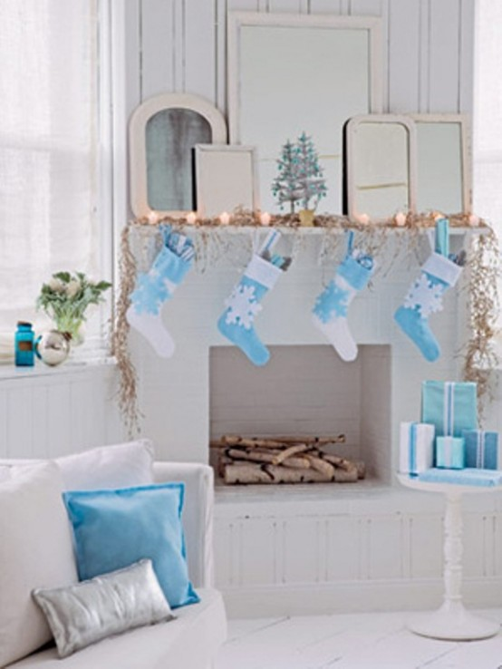 Image of: Decorating a Fireplace for Christmas with 20 Cute Ideas 6