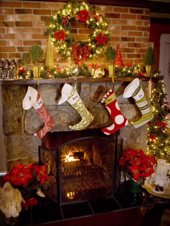 Image of: Creative Decorating a Fireplace for Christmas with 20 Cute Ideas