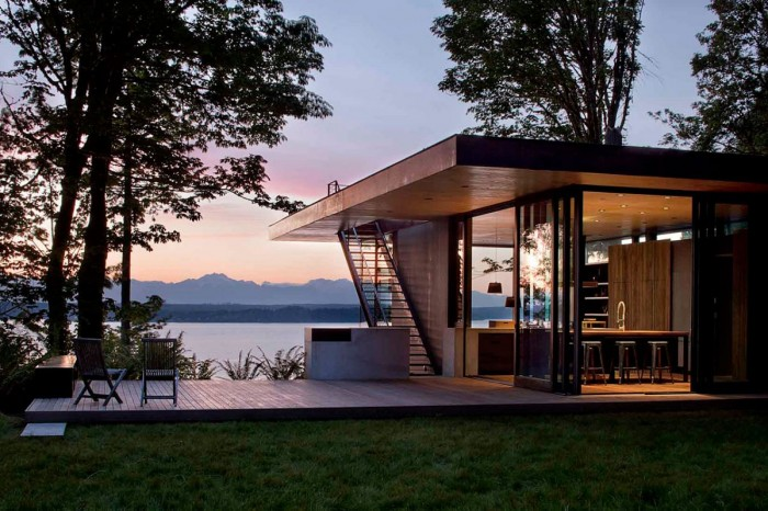 Image of: Small House Design Looks Comfortable in Washington State 2
