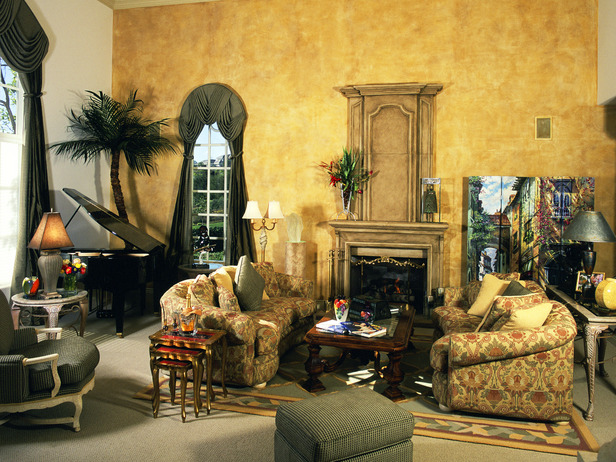 Image of: Aged Yellow Tuscan Living Room Ideas