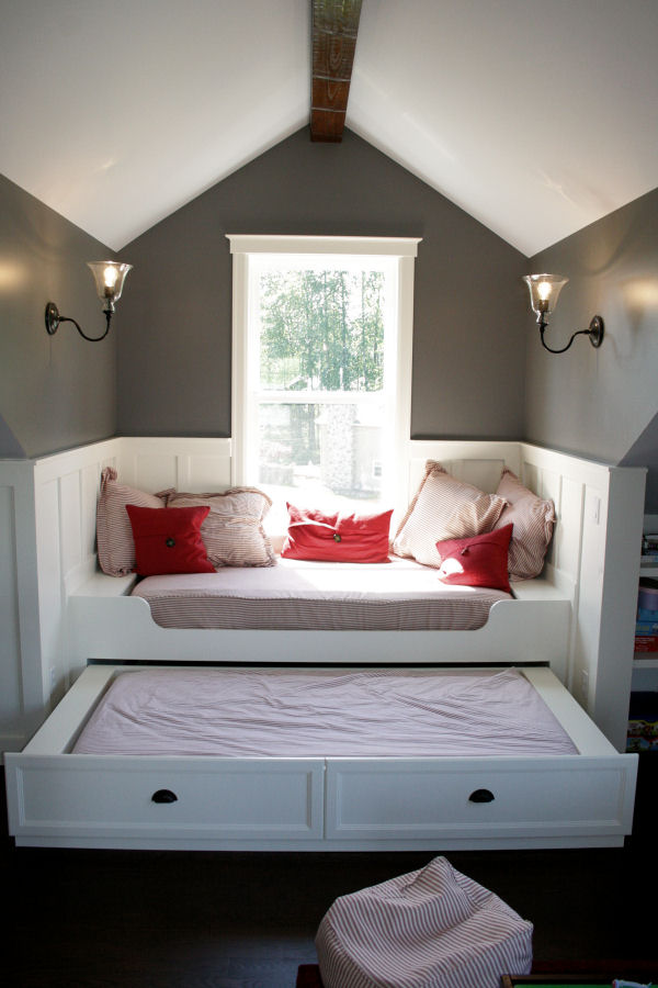 Image of: Attic Bedroom Ideas