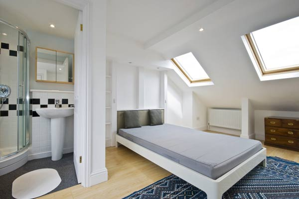 Image of: Attic Bedroom with A Small Bathroom