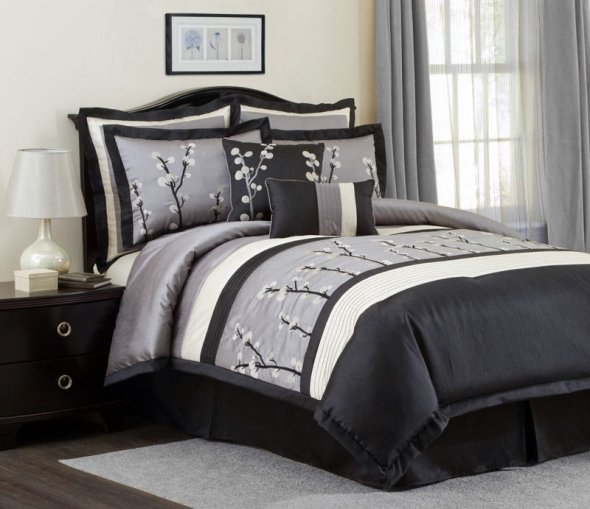 Image of: Black and Silver Ideas for Bedroom Design