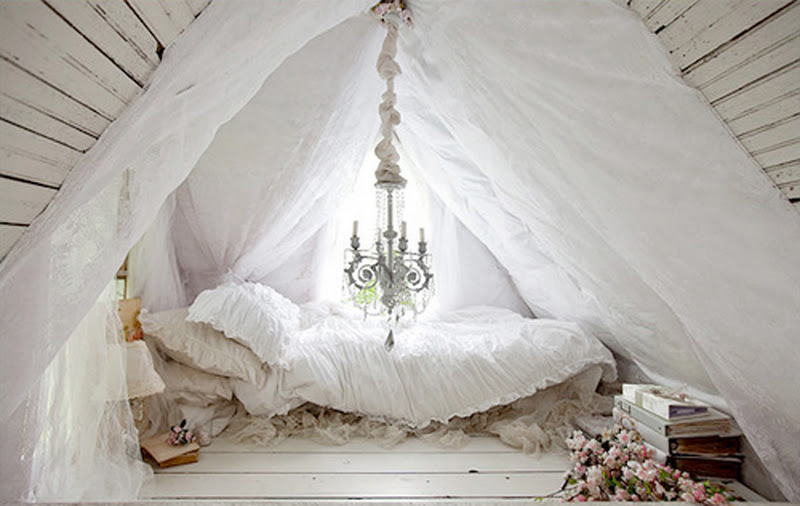 Image of: Classic Attic  Bedroom