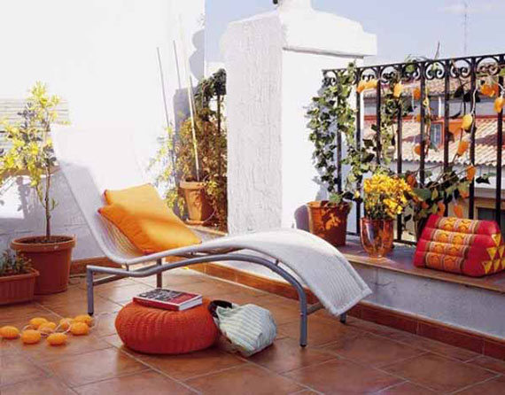 Image of: Contemporary Apartment Balcony Decoration Ideas