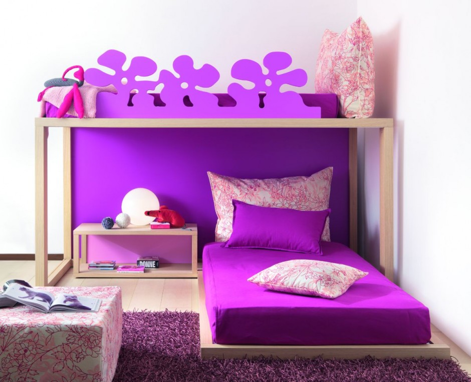 Image of: Cool Puple Bed