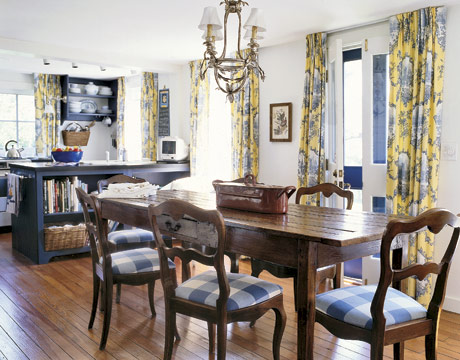 French Country Dining Room Interior
