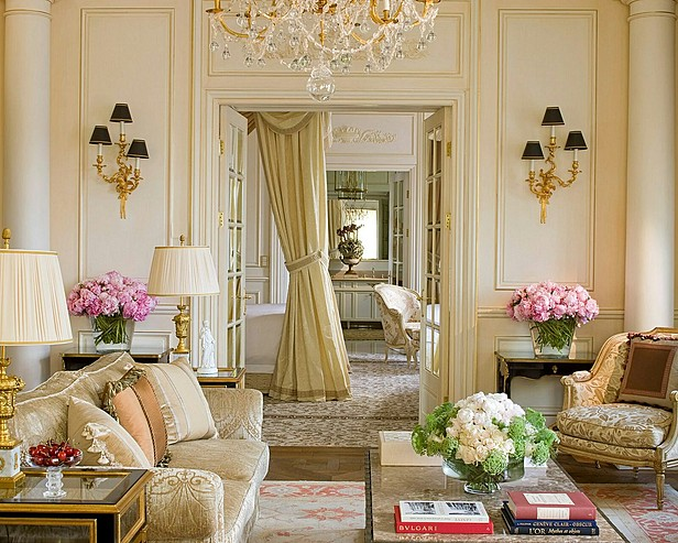 Image of: French Interior Design for Living Room