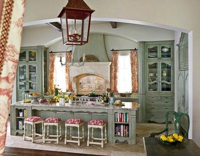Image of: French Style Kitchen Design