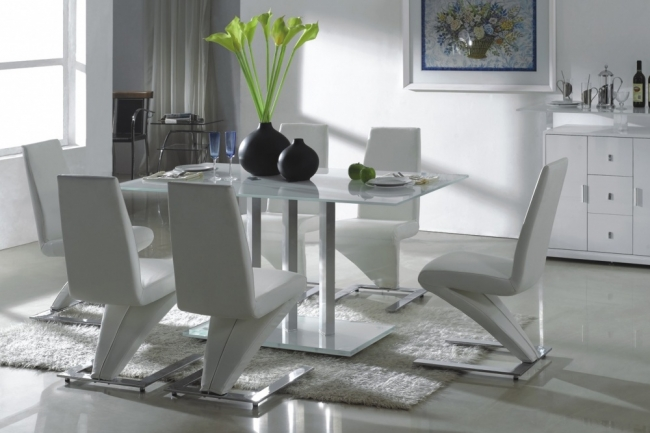 Image of: Ice White Rectangular Glass White Kitchen Table