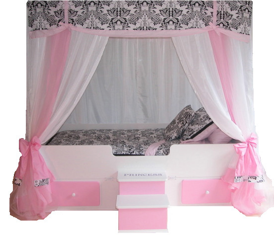 Image of: Princess Canopy Bedding
