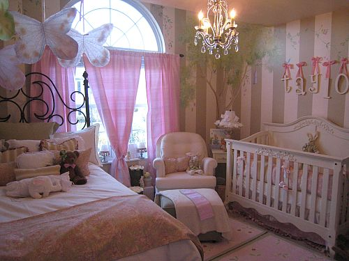 Image of: Princess Nursery Decor