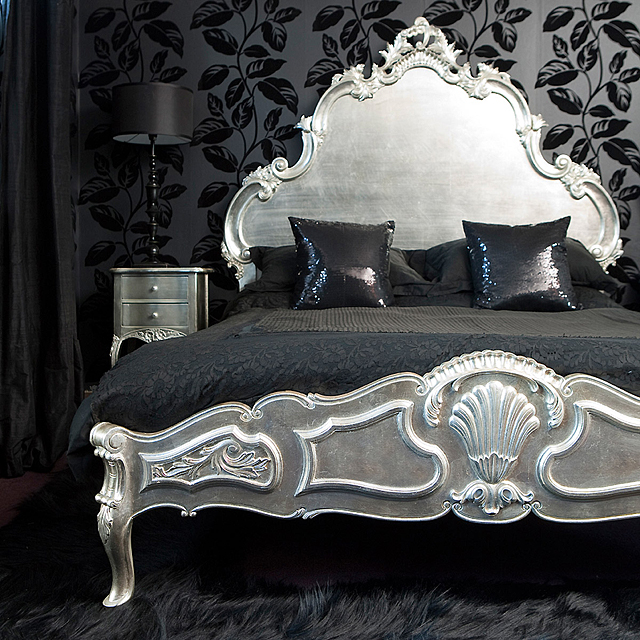 The Luxury of Black and Silver Bedroom