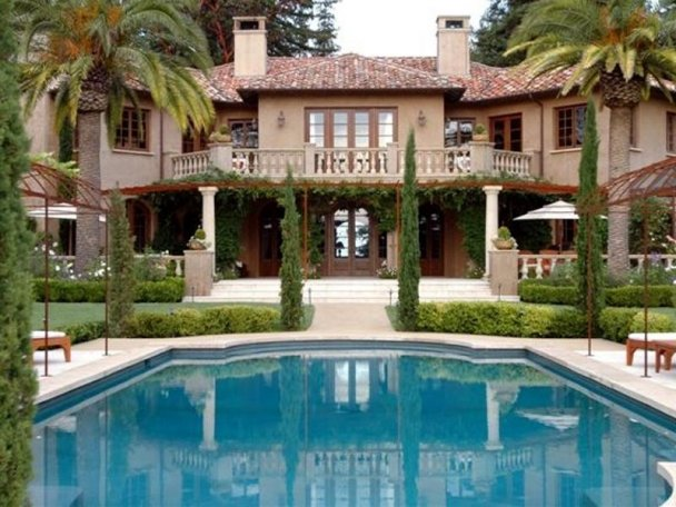 Image of: Tuscan Style House Design Idea