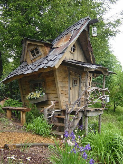 Image of: Unique Backyard Shed