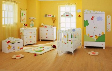 Image of: Yellow Nursery Idea for Unisex Baby