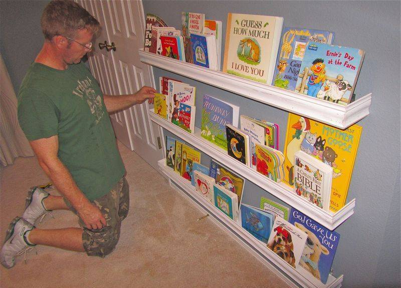 Image of: Bookshelf For Baby Room