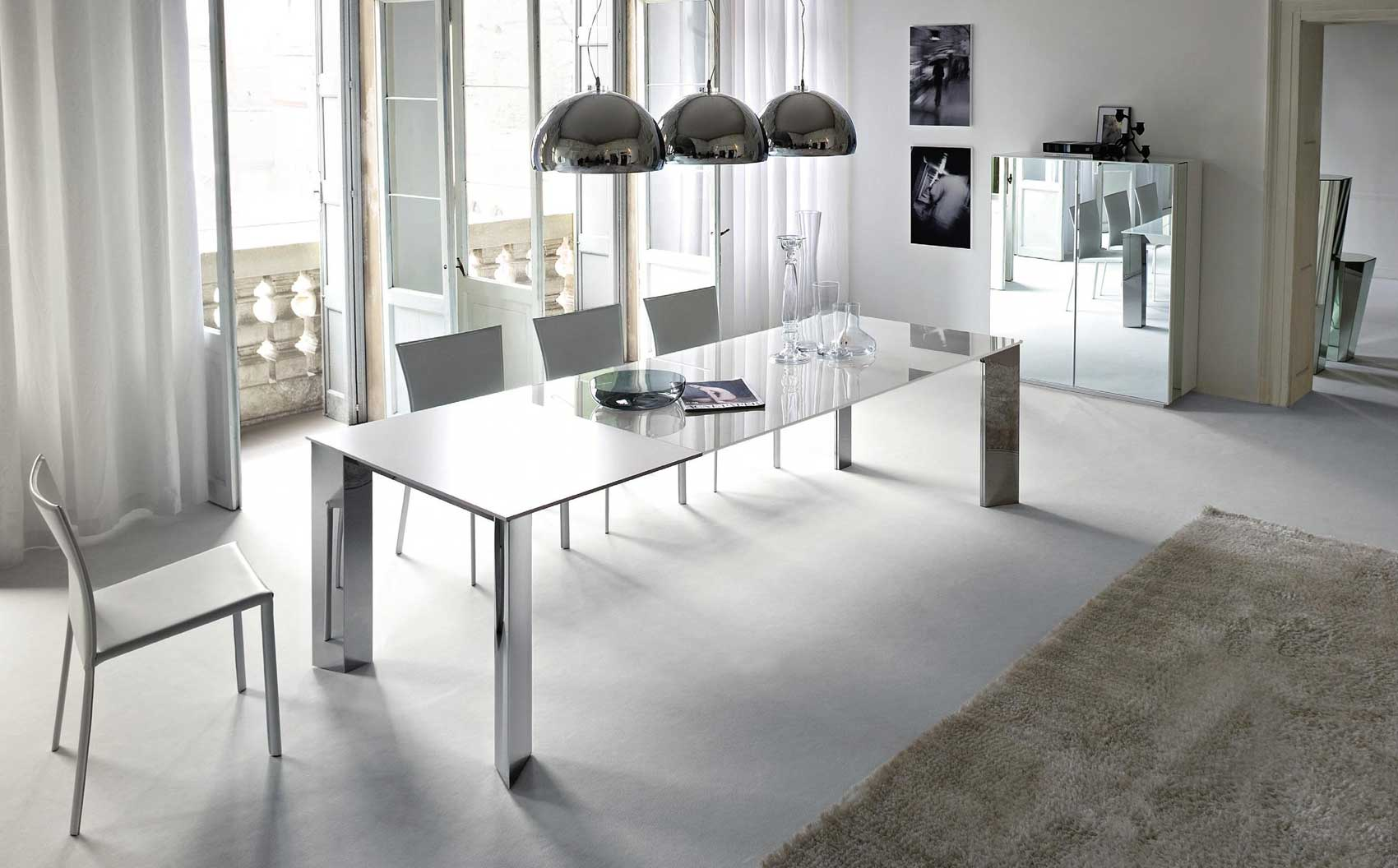 Image of: Dining Room with White Table