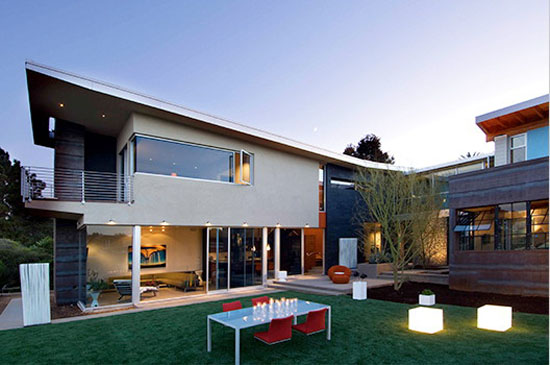 Image of: Artistix and Luxury Modern Home