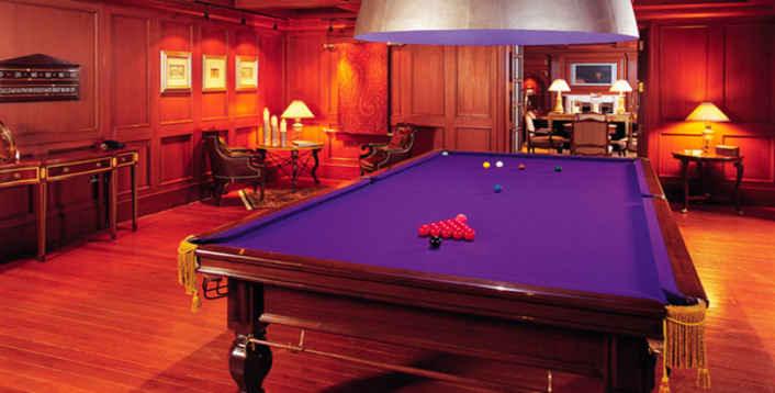 Image of: Billiard Room Interior