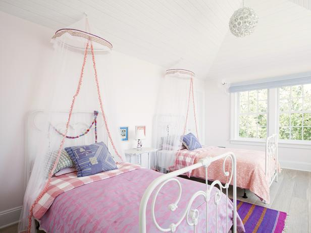 White and Pink Twin Beds