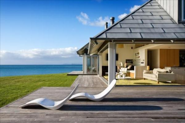 Image of: Kuaotunu Beach House Design and Terrace