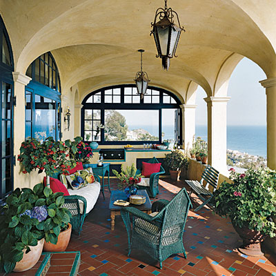 Image of: Fashionable Mediterranean Patio Idea