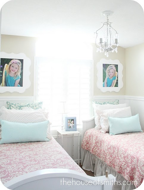 Image of: Minimalist Twin Bed for Girls