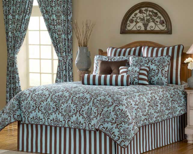 Image of: Turquoise and Brown Bedroom Idea